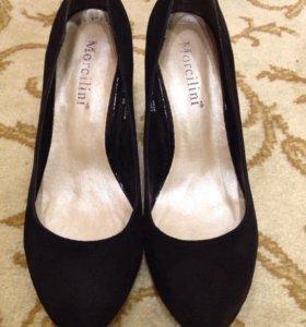 Замшевые туфли Morcilini размер 35-36