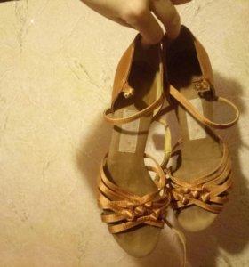 Бальные туфли, женские