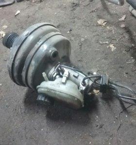 Главный тормозной цилиндр Ауди А8 d2