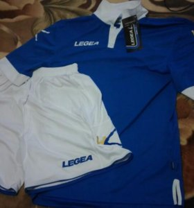 Футбольный костюм( шорты, трусы)