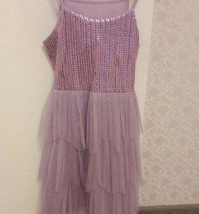 Платье нарядное  128р-р