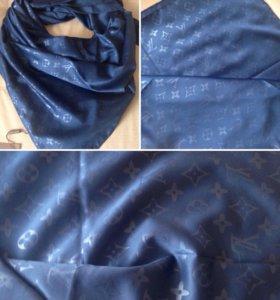 Платок шелковый Louis Vuitton