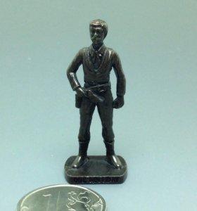 Ковбой Doc Holliday, солдатик, киндер
