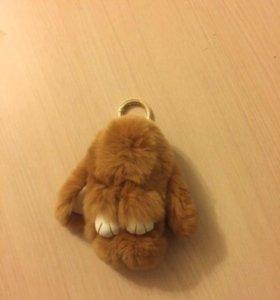Брелок кролик из меха натурального