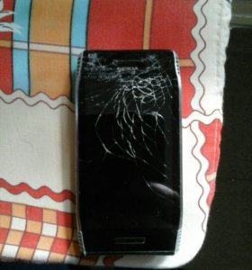 Nokia N7
