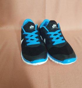 Кроссовки Nike Air женские