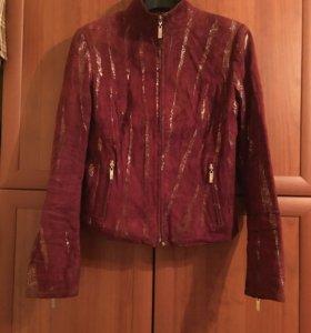 Куртка. Натуральная кожа/замша. 46 размер