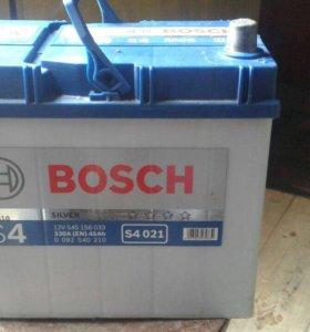 Автомобильный аккумулятор Bosch S4 (12v/330A/45Ah)