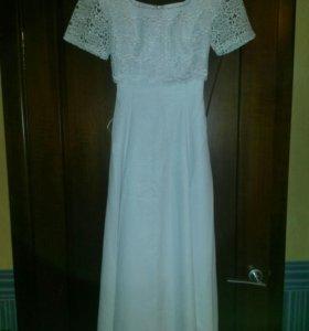 Свадебное платье новое, р-р 42-46