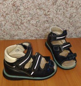 Ортопедические сандалии тотто