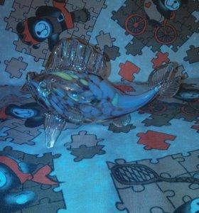 Рыбка стекло