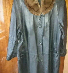 Кожаное пальто с норковым воротником