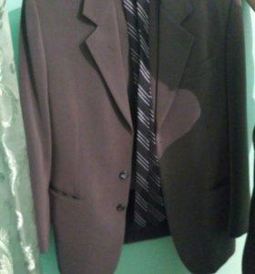Мужской костюм двойка+галстук