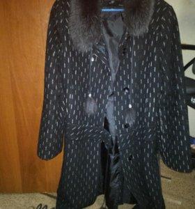Пальто драповый