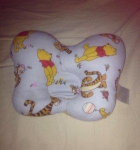 Детская подушка ортопедическая ,даром.