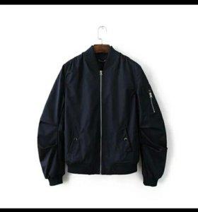 Мужская куртка (бомбер)