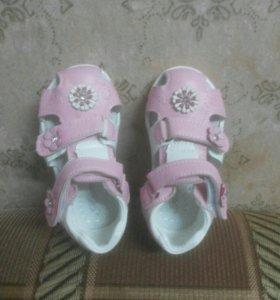 Новые сандальки