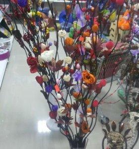 Декоративные вазы,цветы