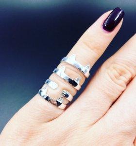 Кольцо. Серебро 925 пробы.