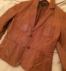 Кожаный пиджак новый