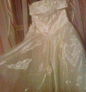 Платье на девочку 6-9 лет.
