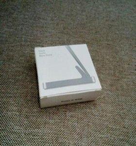Подставка-зарядник для iphone 4 4s,ipad