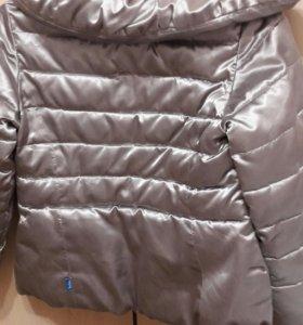 Курточка весенняя для девочки
