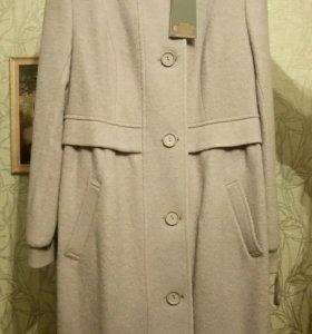 Новое красивое пальто