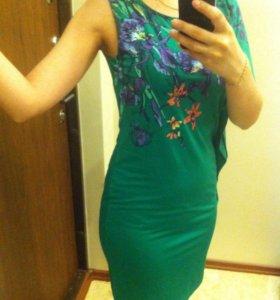 Платье изумрудного цвета O'stin, 42 р-р