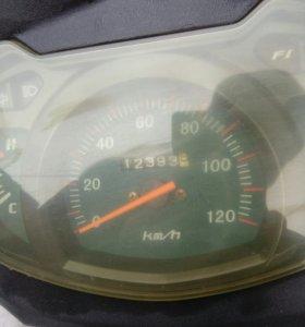 Скутер пиранья Джет 150 куб
