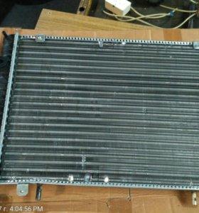 Газель. Радиатор охлаждения новый.