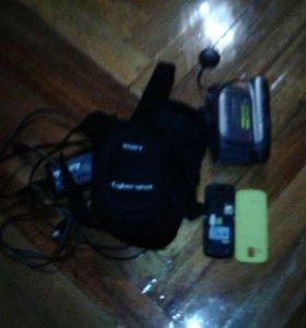 Камера сони + телефон и + ещё несколько подарков