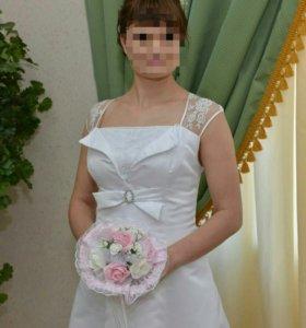 Платье свадебное,вечернее