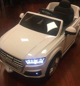Детский электромобиль Audi Q7 ЛИЦЕНЗИЯ в наличии