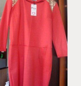 Новое платье с пайетками 44-46