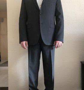 Мужской костюм Boss