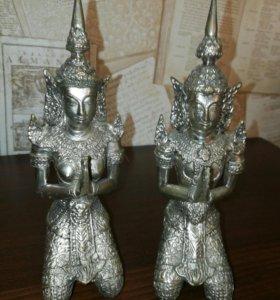 Статуэтки из бронзы Тхепанон. Тайланд