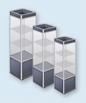 Витрины стеклянные кубы