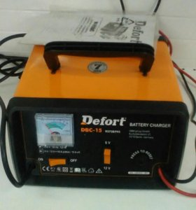 З/У Defort DBC-15 автомат