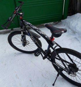 Породается горный велосипед BMW
