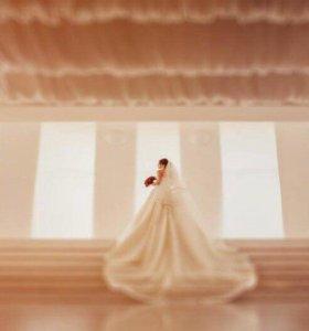 Шикарное свадебное платье Pronovias
