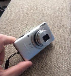 Canon ixus 8x zoom.