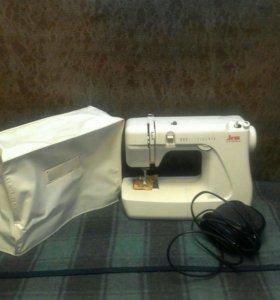 Швейная машинка (япония)-220в