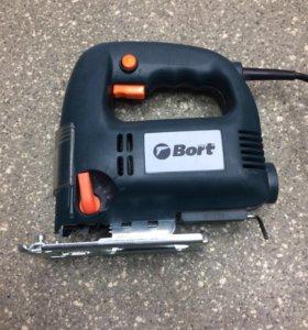 Электролобзик Bort BPS-650