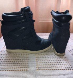 Жен. Обувь