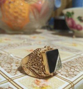 Золотое кольцо (печатка) 13гр