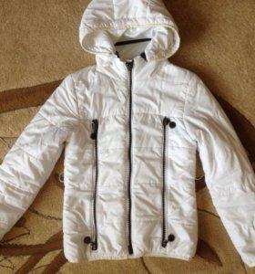 Куртка на девочку на весну
