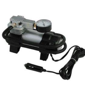 Компрессор автомобильный с фонарем