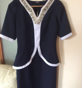 Платье нарядное Р-Р 44