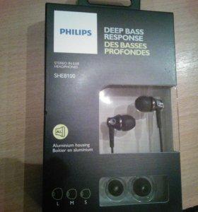 Наушники Philips Deep Bass Response